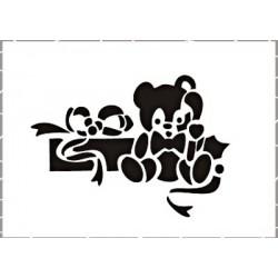 Šablona Cadence 15x10 - Medvídek a dárek