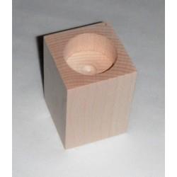 Dřevěný svícen hranatý č.2