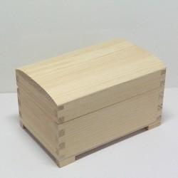 Dřevěná truhlička velká