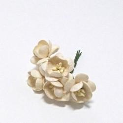 Papírový květ třešně 3cm, slonová kost, 5ks
