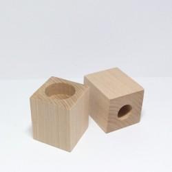 Dřevěný svícen hranatý 7cm se dvěma otvory