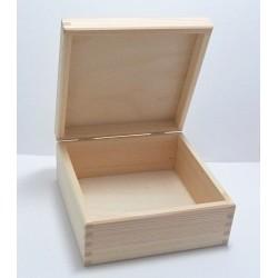 Dřevěná krabička 16x16x7,5cm - 2. jakost