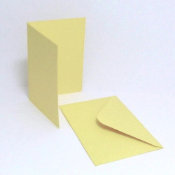 Přáníčko a obálka A6 pastelová žlutá světlejší