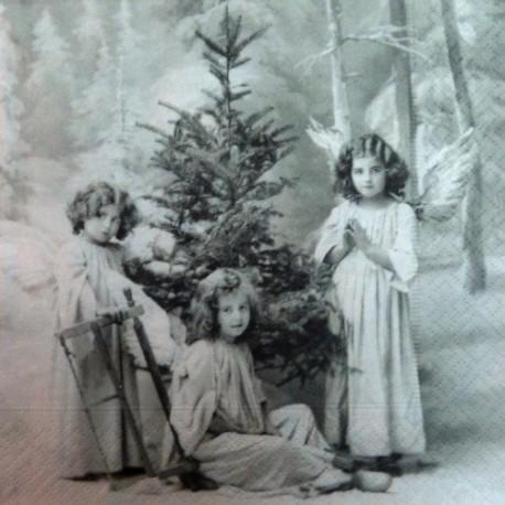 Andělé a strom 33x33