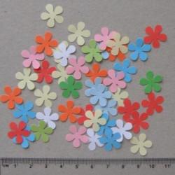 Směs drobných motivů z papíru - kytičky