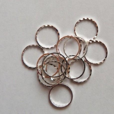 Kroužek ozdobný 10mm - stříbrný
