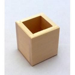 Stojánek na tužky hranatý 6x6x7