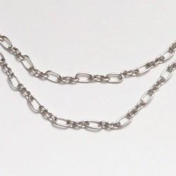 Masívní řetízek s podlouhlými oky - barva stříbrná