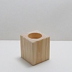 Dřevěný svícen střední (hranatý)
