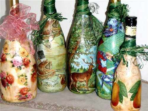 Sada dekorovaných lahví